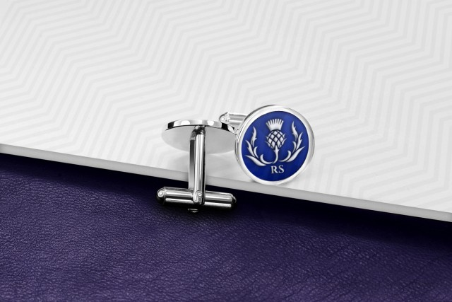 Anchor cufflinks with enamel